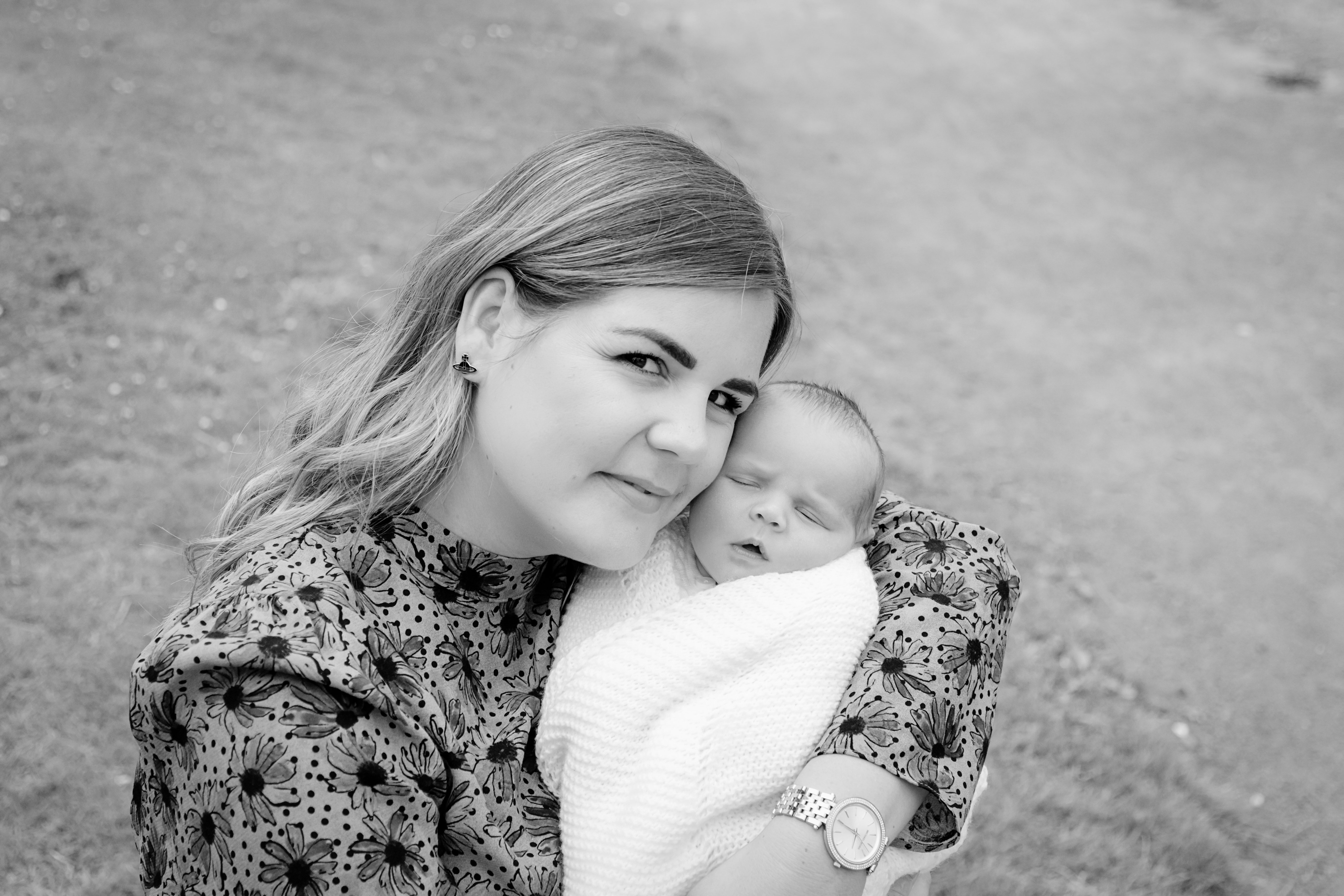 Tracey Russell Photography Falkirk Natural Newborn Family Photographer
